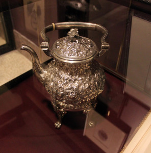 Grant_teapot