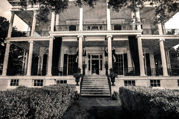 American Horror Story Coven Location Guide Deep South