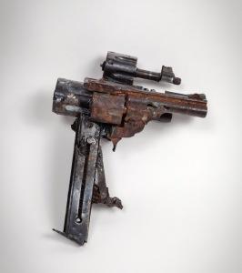 300_Four Barreled Handgun_Bob Tannen_right view