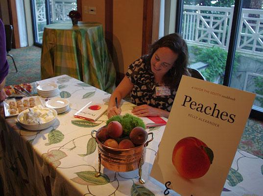 peachessigning